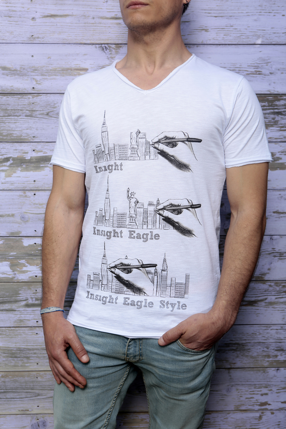 Tshirt mens fashion   graphic work in progress   ies insight eagle style   made in italy   natural cotton   front with model