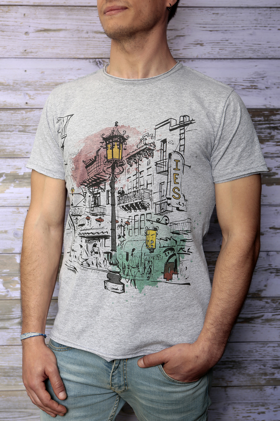 Tshirt mens fashion   graphic chinatown   ies insight eagle style   made in italy   natural cotton   front with model